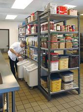 Almacenamiento productos - Estanterias en la cocina ...